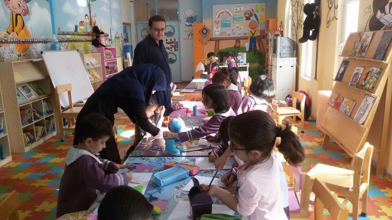 هفته کودک - کتابخانه عمومی وحدت پاوه