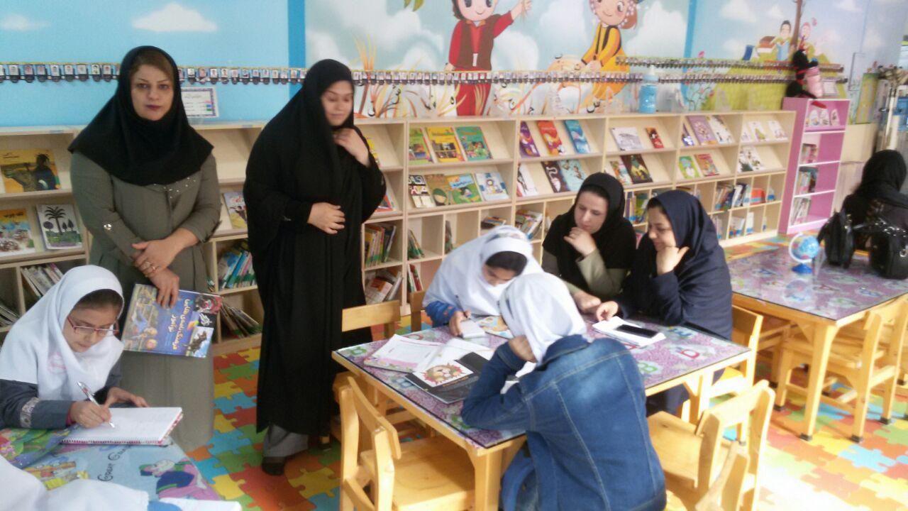 بازدید دبستان سما از کتابخانه وحدت پاوه