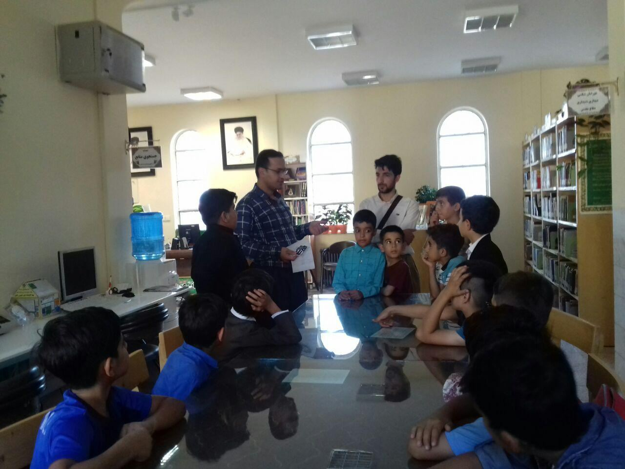 کلاس قرآن کتابخانه وحدت